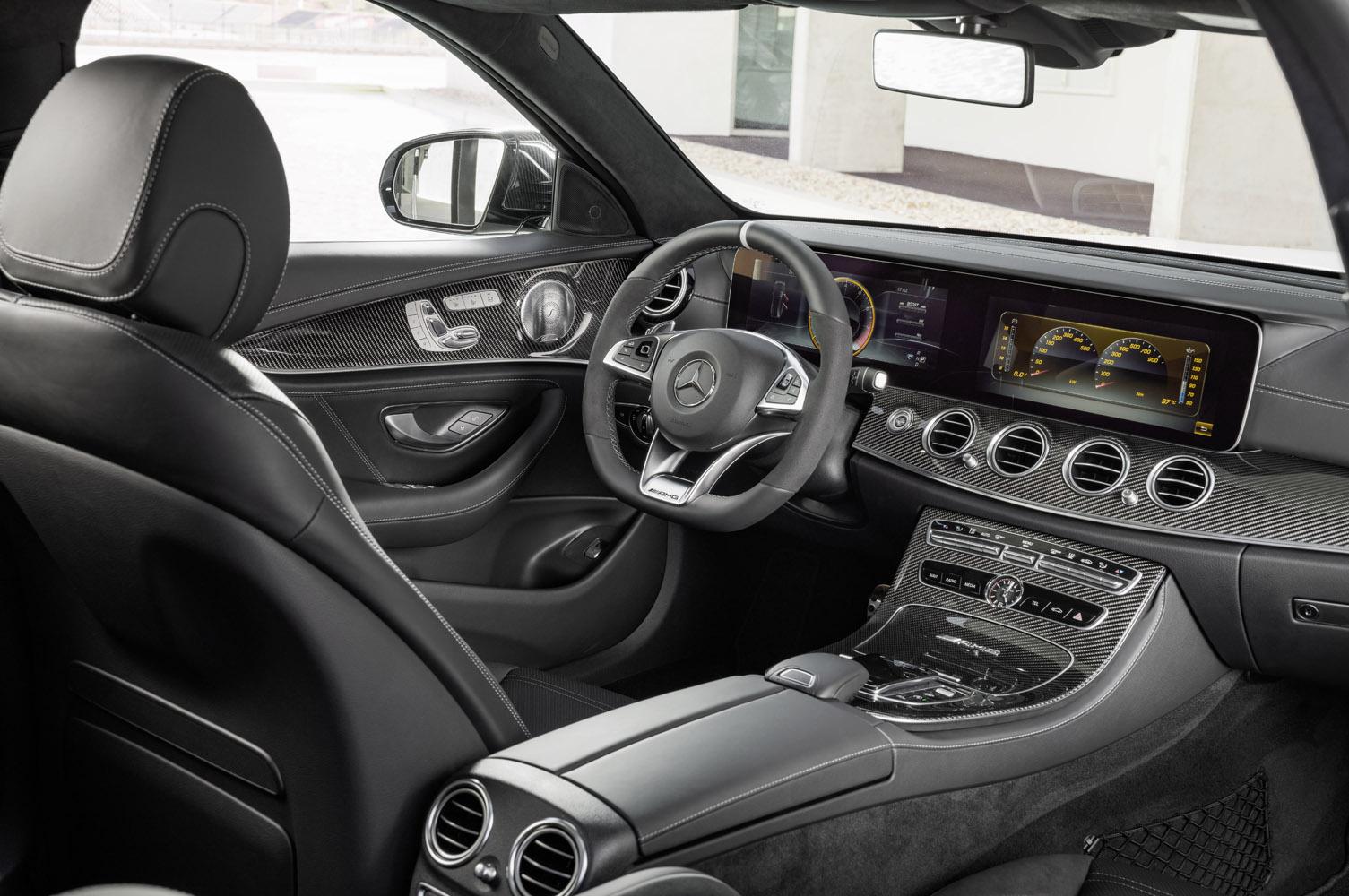 Mercedes-AMG E 63 S 4MATIC+ T-Modell, diamantweiß, Innenausstattung: Schwarzes Nappaleder mit grauen Ziernähten;Kraftstoffverbrauch kombiniert: 9,1 l/100 km, CO2-Emissionen kombiniert: 206 g/km* Mercedes-AMG E 63 S 4MATIC+ Estate, diamond white, Interior: Nappa leather black;Fuel consumption combined: 9.1 l/100 km; combined CO2 emissions: 206 g/km*